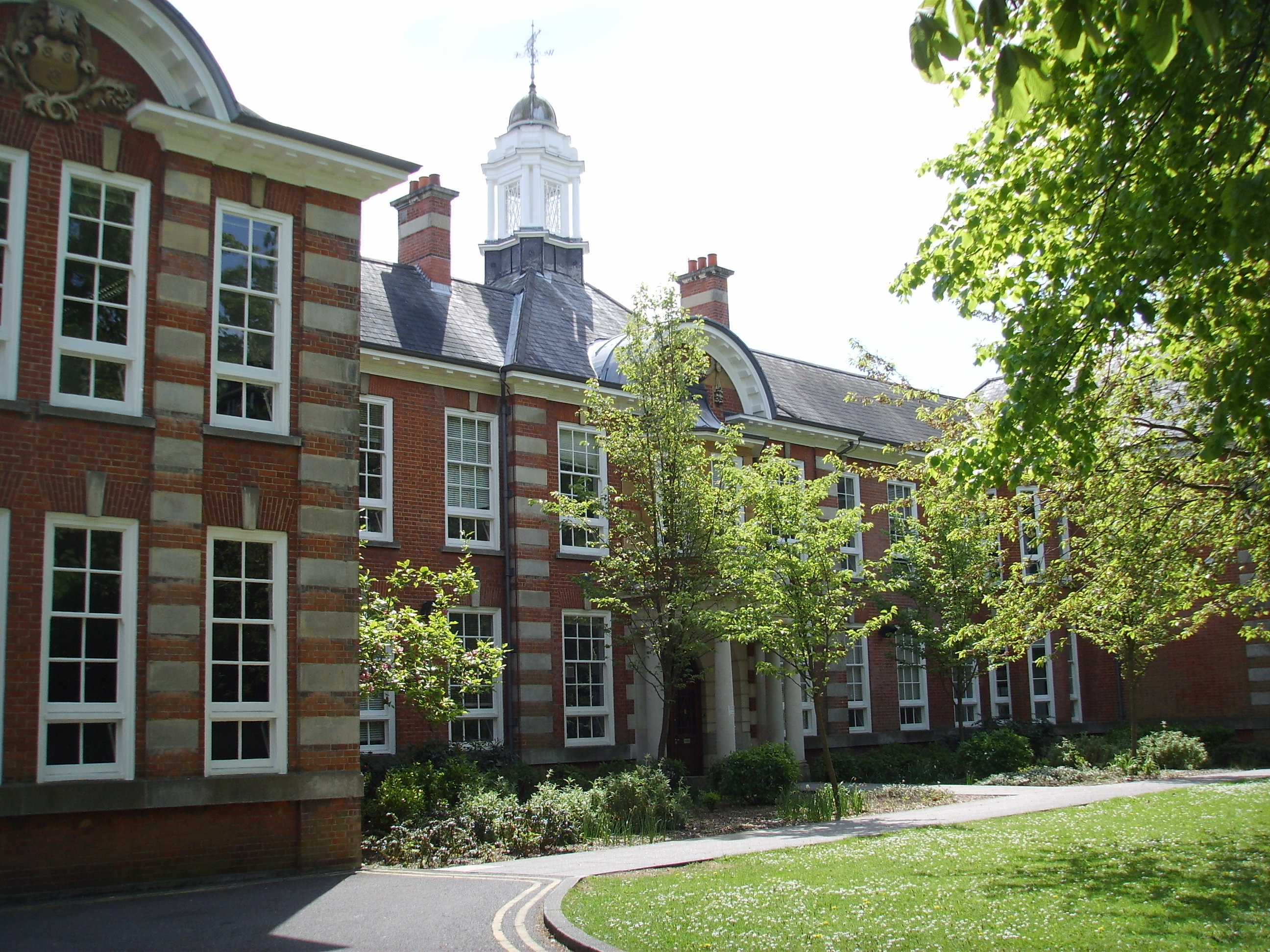 University of Southampton, Front of Avenue Campus